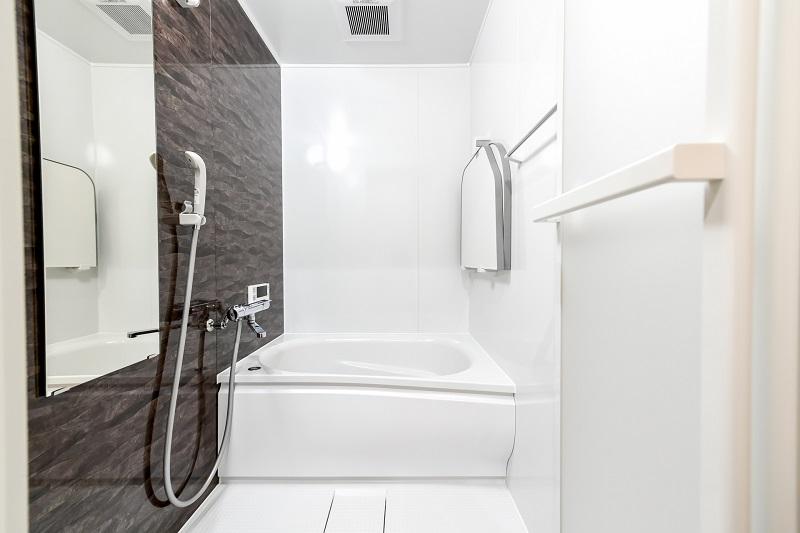 Bathroom/バスルームの鏡