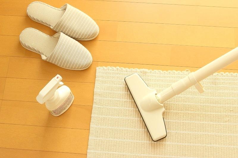 家庭用掃除機、コードレス掃除機は紙パック式とサイクロン式のどっち?