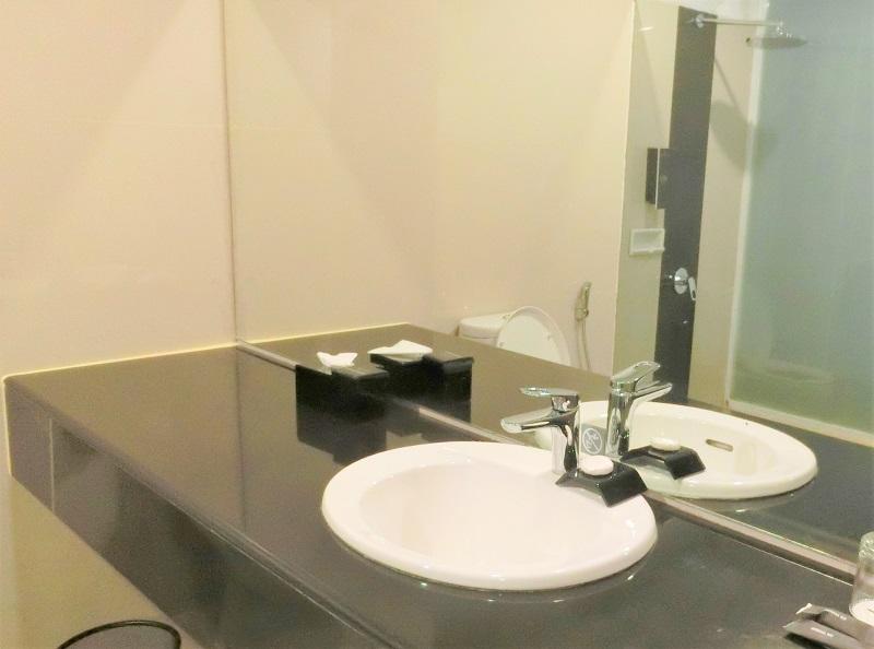 冬季、洗面所とバスルームにおけるヒートショック対策