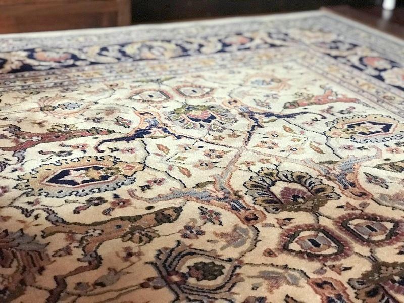 ペルシャ絨毯の紫外線/UV対策