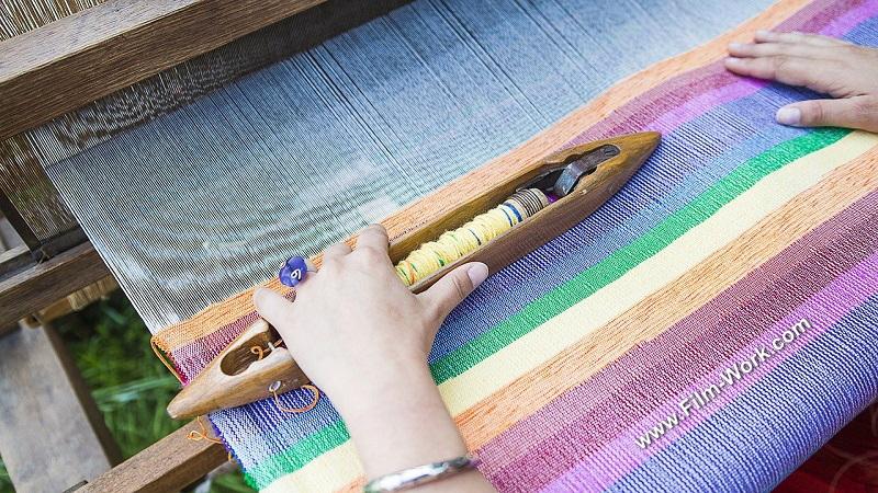 手織りラグ